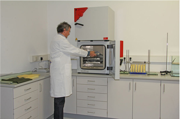 ASF Engineering GmbH - Material testing laboratory